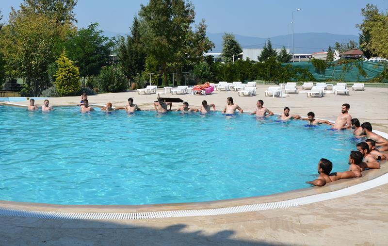 Takımımız İlk Kez Havuzda Çalıştı